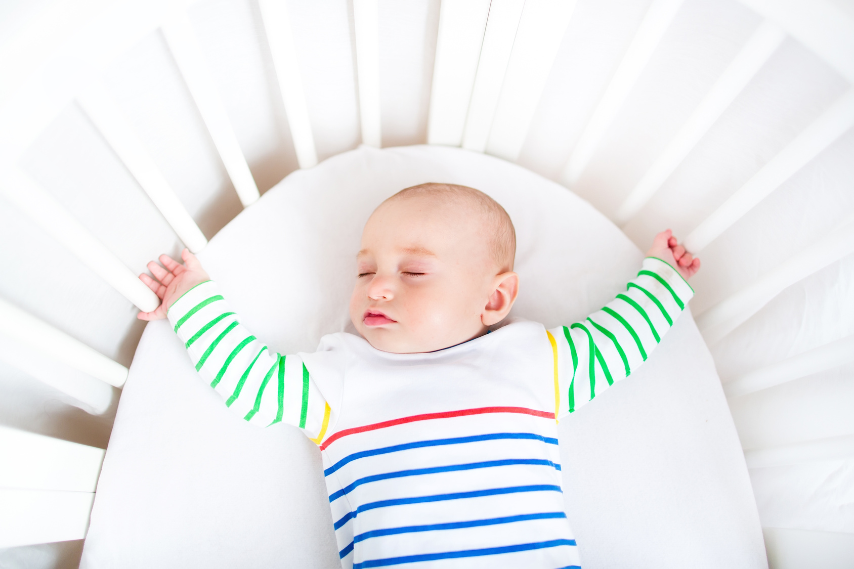 How to Create a Safe Baby Sleep Space