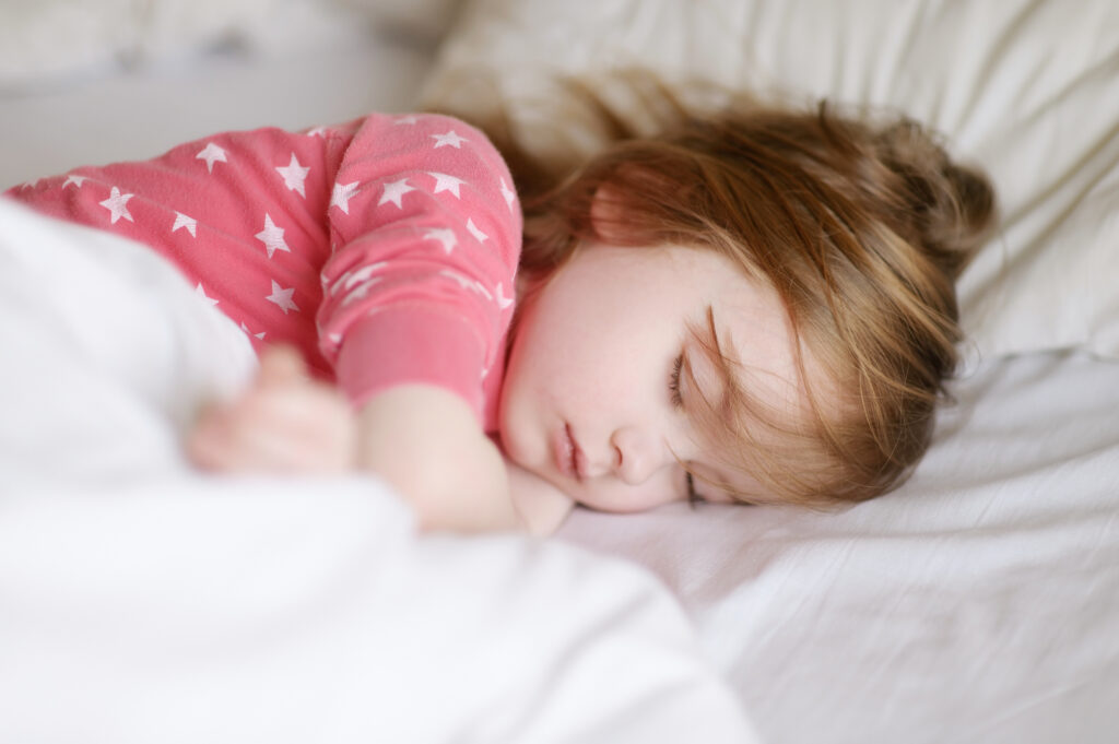 How To Keep Your Toddler In Bed At Night (& Naps Too!)