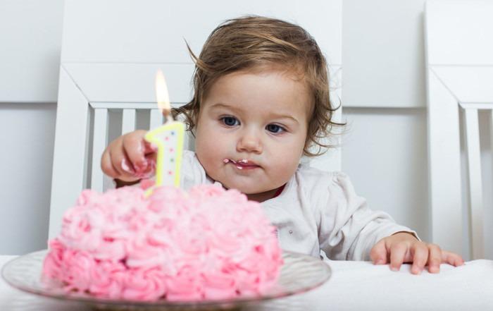 1 year old girl sleep tips birthday cake