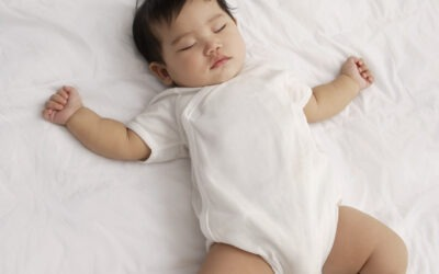 How to get your baby to self soothe (and sleep longer stretches at night)!